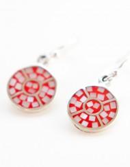Sterling zilver oorbellen met rood parelmoer