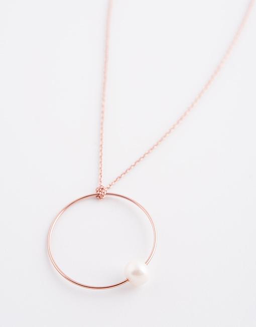 Sterling zilver halsketting met cirkel en parel